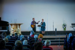 ц. Добрая весть (Витебск): поют Тимофей и Алёна... (13.04.2014)