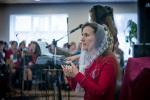 Церковь г. Новополоцка: сурдоперевод сестры Ольги... (13.04.2014)