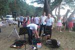 Братья подготавливают аппаратуру к служению (20.07.2014)
