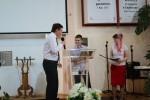 Сергиеня Матвей получает диплом об окончании ВШ (29.05.2016)